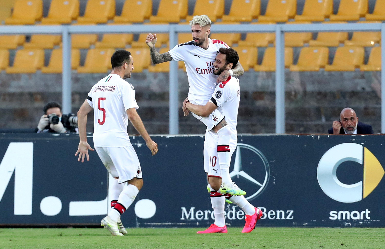 Serie A: Milán golea a Lecce y se mete a la pelea por un boleto a Europa, resolvió el juego en dos minutos
