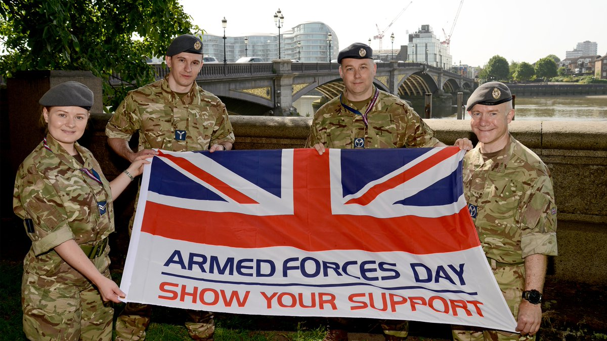 🇬🇧 Today in #ArmedForcesWeek, we're celebrating our Reserves, who balance their civilian lives with military careers to ensure that should our country require them, they are ready to serve. #SaluteOurForces #ArmedForcesDay https://t.co/KVJLjkXC7s