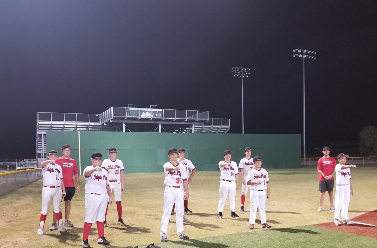 Champions! Way to go 14u. Great job players and coaches. 👏⭐️🔥 https://t.co/1mwJwnbO9C