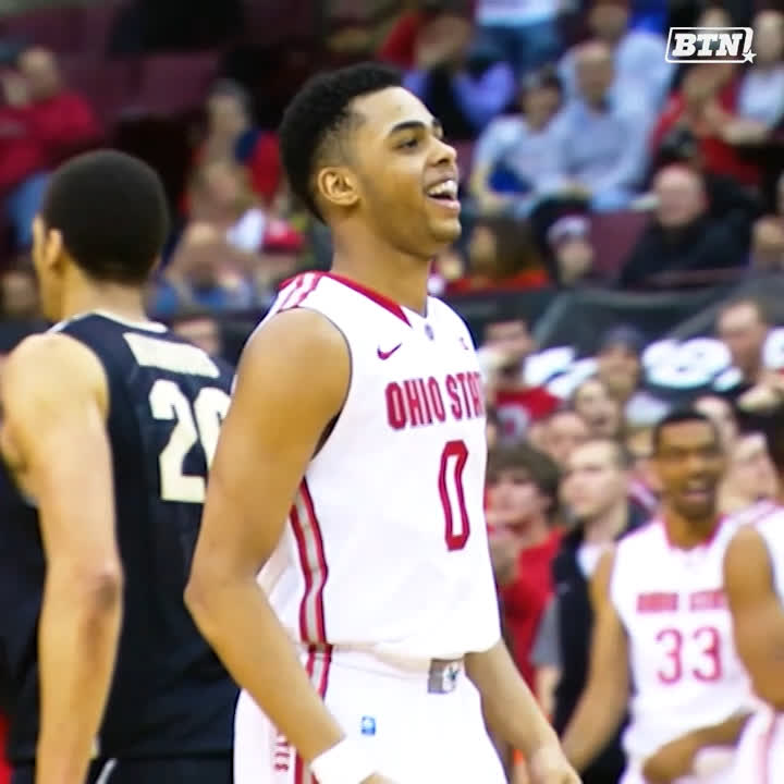 """""""Every time he hit the floor, you knew that D'Angelo Russell could take the game over.""""  @stephenbardo and other panelists discuss why @OhioStateHoops' @Dloading made the #BTNAllDecade 3rd Team.  More ➡️ https://t.co/6JM815E36S https://t.co/xmKQ2L7k6i"""