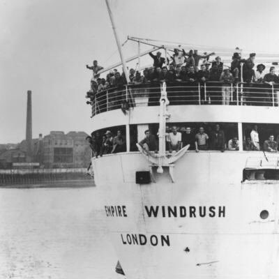 72 years ago today the Empire Windrush arrived in the UK with 700 Commonwealth citizens. These individuals help to build the NHS and support UK post war recovery. Thank you. #WindrushDay2020