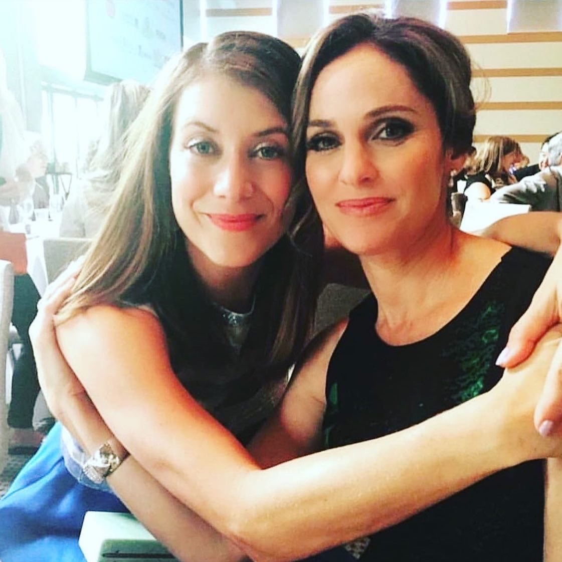 From the moment we met it was love at first sight...well for me it was 🤣 @AmyBrenneman grew to love me back 😍 I'm so grateful I met and got to work with and be friends, laugh & cry with this long lost sister from another mister. https://t.co/RA5hbxPv8M