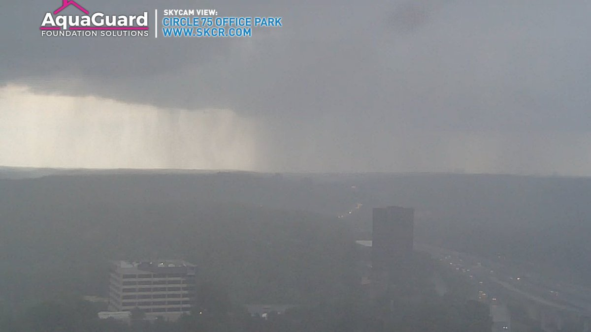Looking northeast from our tower cam at Truist Park. Check out that heavy rain. #Storm11