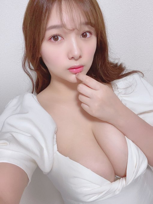 グラビアアイドル工藤唯のTwitter自撮りエロ画像40
