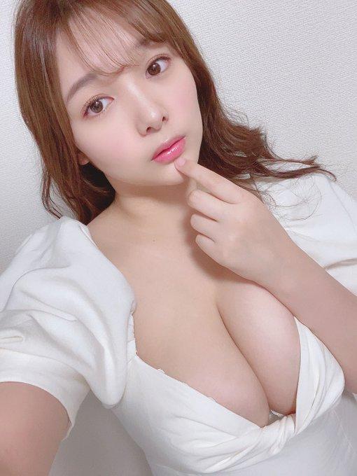 グラビアアイドル工藤唯のTwitter自撮りエロ画像41