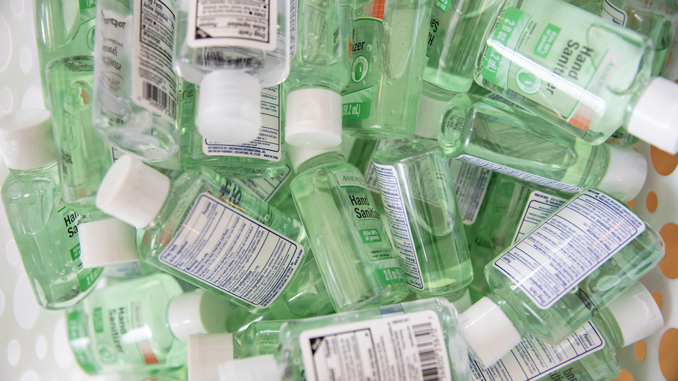 FDA warns against 9 hand sanitizers after dangerous chemical discovered hill.cm/hnueUIr