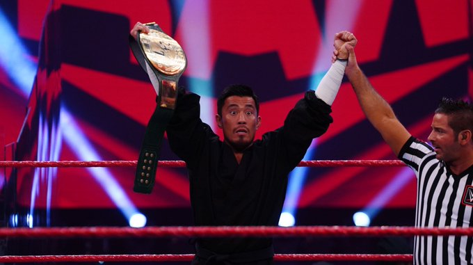 Akira Tozawa conquista o WWE 24/7 Championship