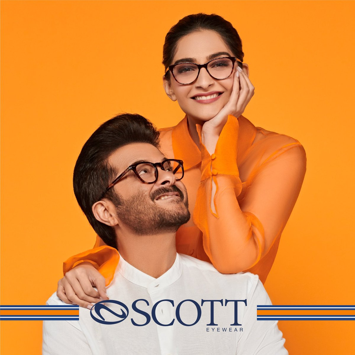 Excited to be back with my #SignatureLine with @ScottEyewear !! Yet another season full of Trends and Styles, with the latest collection of @scotteyewear. Stay tuned to be #SpottedwithScott @sonamakapoor  #scotteyewearxaksk #scotteyewearsignaturecollection #scottryewear