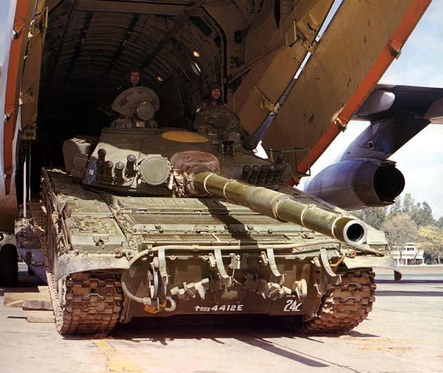 T-72 M1 in Il-76MD