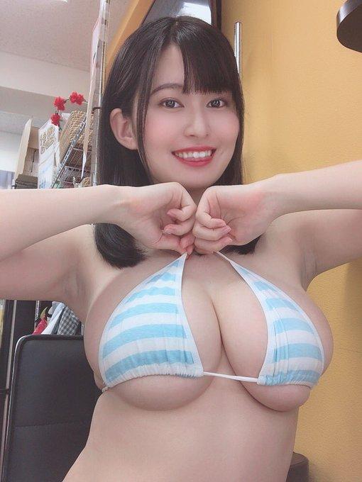 グラビアアイドル未梨一花のTwitter自撮りエロ画像41