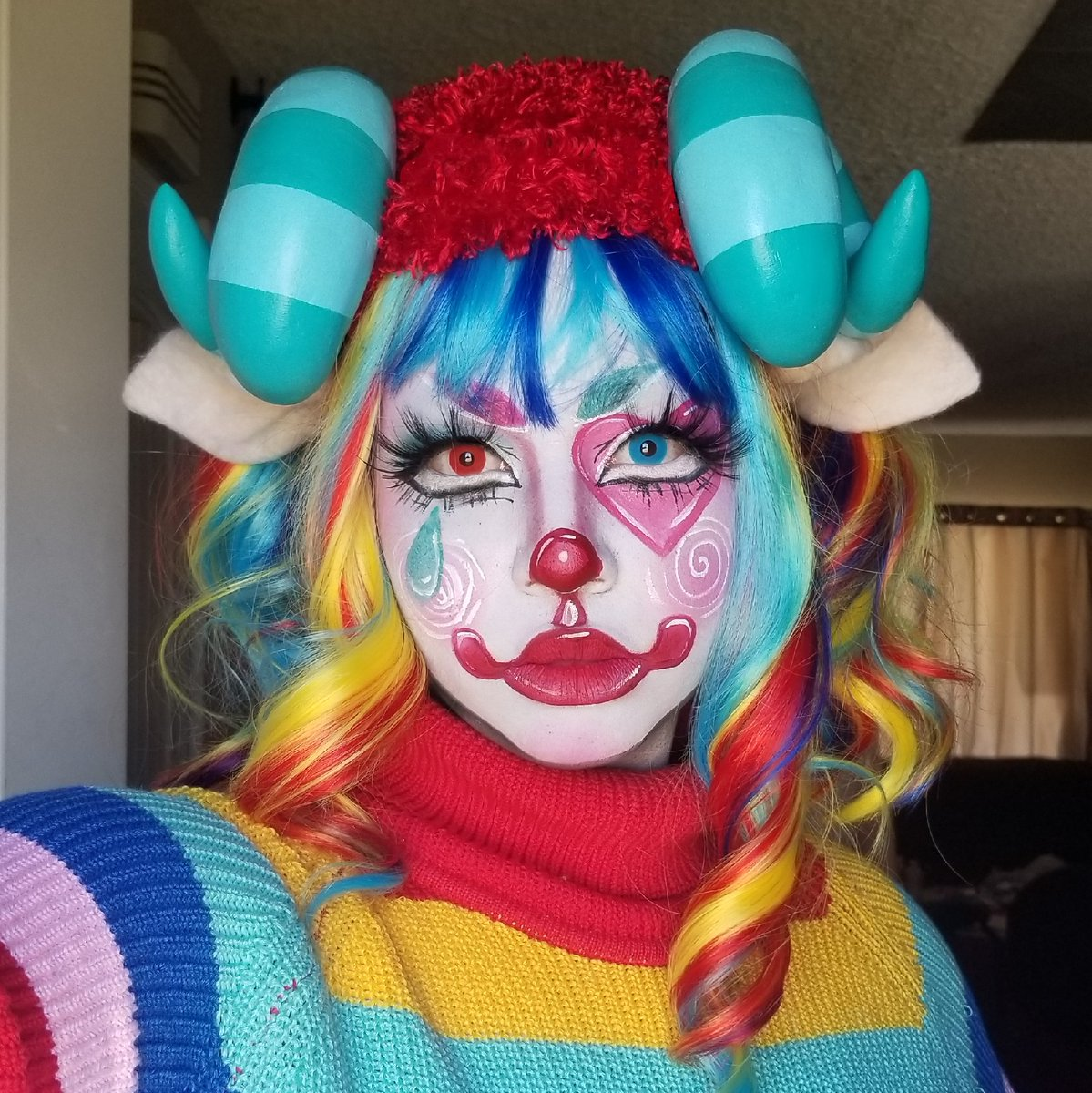 Pietro from Animal Crossing by @lilcultbab using Clown White, Setting Powder in Neutral and Paradise Makeup AQ  #mehronmakeup #animalcrossing #pietro #clown #clownmakeup #videogames #cosplay #cosmakeup #charactermakeup #creativemakeup #colorful https://t.co/6FaVQZeKpC