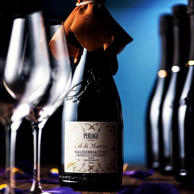 * LAST CHANCE ENDS MIDNIGHT TODAY SUNDAY 5th * - #Competition #Win a case of 6 #artisan wines inc #prosecco thanks to @Wines_W_Stories RT & Follow to enter - get extra entires on website http://wp.me/p9yNjR-5NP - #winelover #WineOClock #Cheers #EnterNowpic.twitter.com/PJooIOgzbC