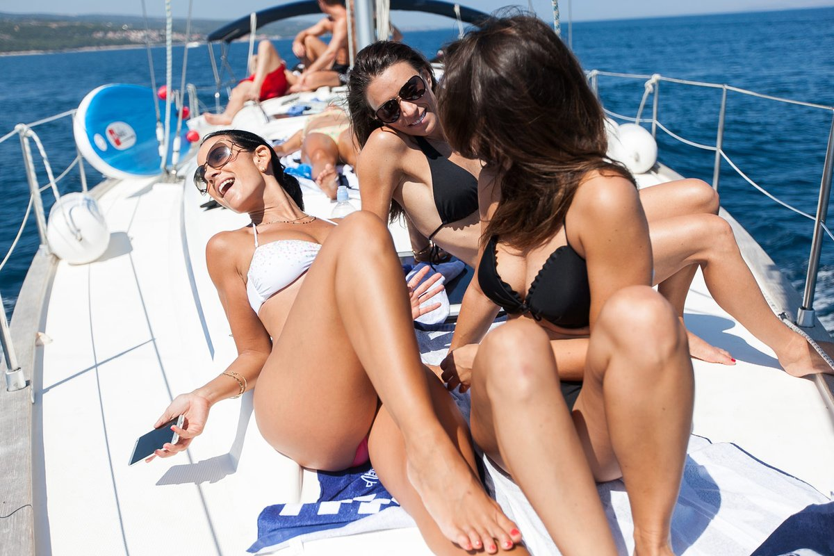 Sailing in greece with beautyfullllll girl