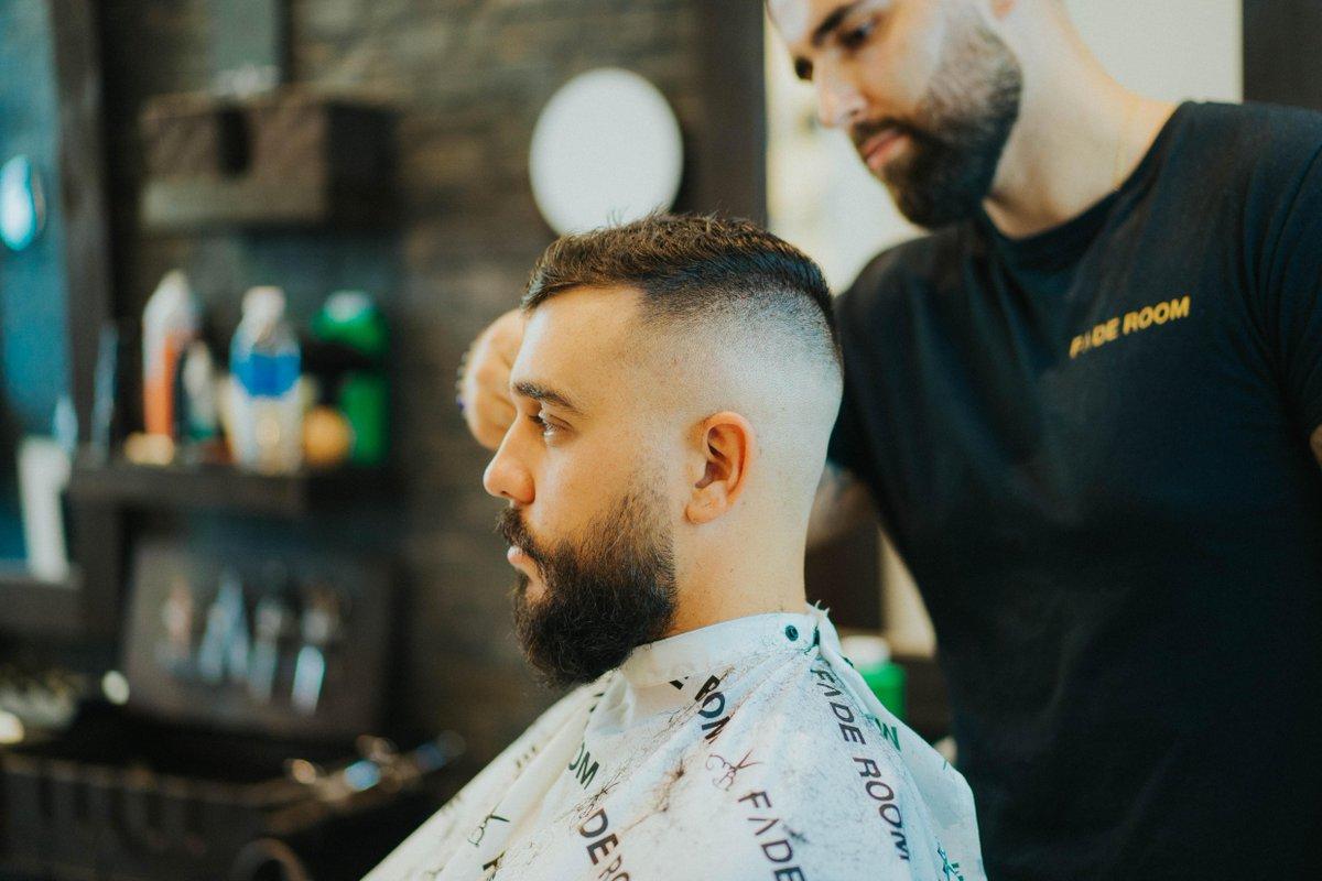 The power of a haircut.  #faderoom #onlyclassicnoshit #torontobarbers #torontobarber #ferreira #vaughanbarbers #mississaugabarbers #gtabarbers #mensfashionreport #ferreirasignatureline #mensfashiontips #beardbalm #besthairproducts #canadianbarbers #organichairproductspic.twitter.com/rUgihcU5cu