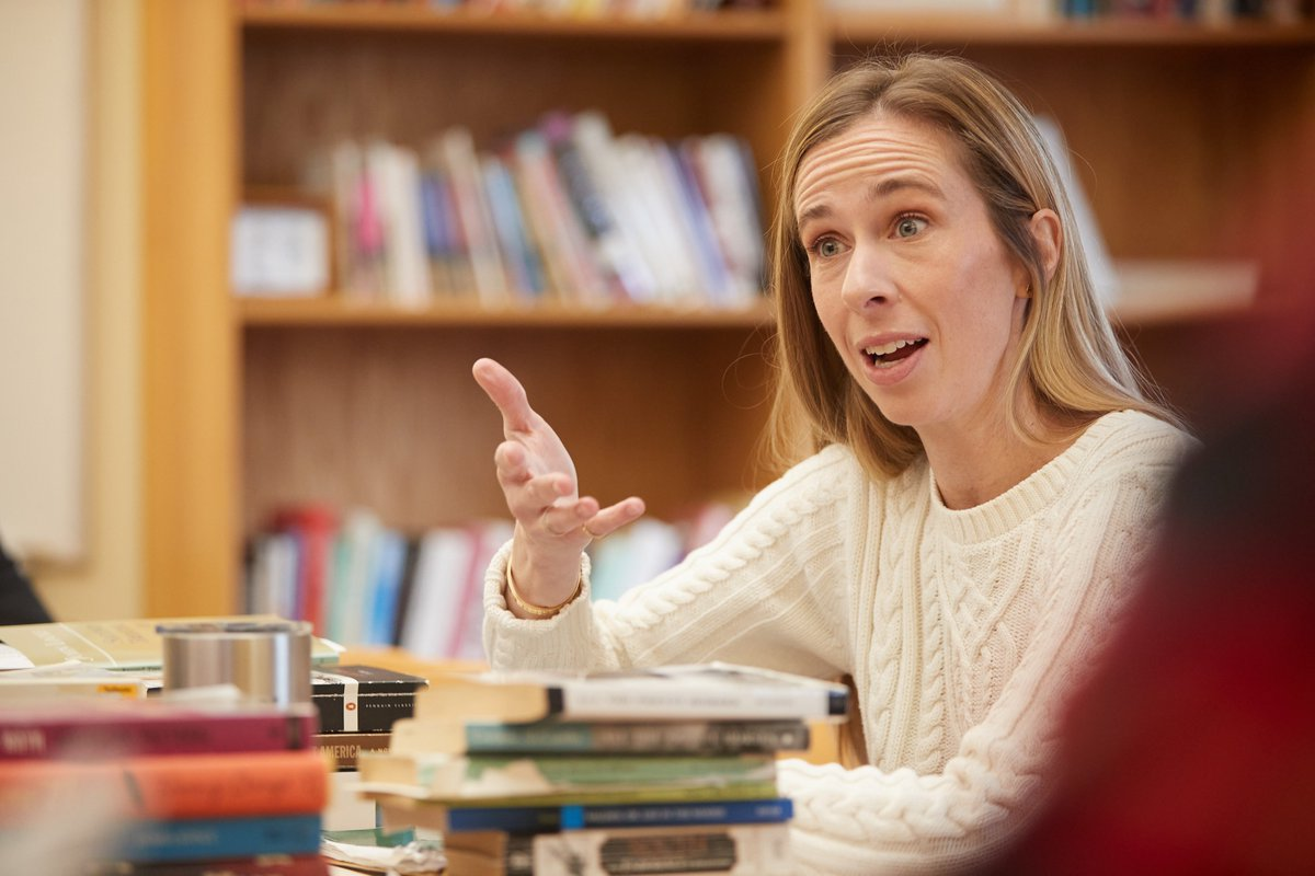 English Department Chair Nicole Colson on maintaining a community in a virtual classroom bit.ly/2Z5NYJW