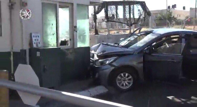 Scene of Security crossing where terrorist vehicle attack took place. Female border guard injured lightly Terrorist, 27, Abu dis, shot dead. https://t.co/oX1KOclmM8