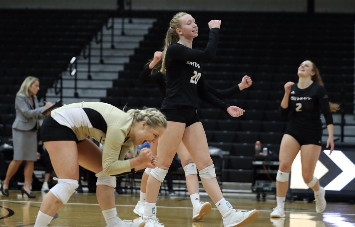 On the 48th anniversary of #TitleIX, we celebrate our alumnae, our current successes, and the future opportunities for women in volleyball.  (📸: @DSPics) #GoBryant | #NECVB https://t.co/HEarRi0Fde