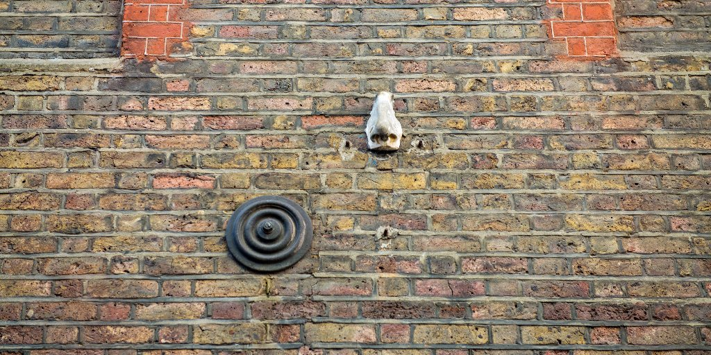 Our first stop is in Soho, where hidden around the streets are the Seven Noses ___ These were originally installed by Rick Buckley, 'right under the nose' of all the CCTV cameras popping up around London. Only a few remain like this one we found on Meard Street. #FREENOWtoexplore https://t.co/9l9B8bUExs
