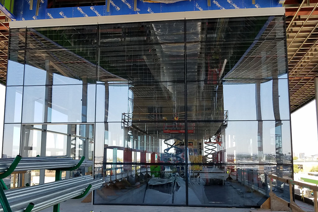 Progress continues on the PHX Sky Train® extension to the Rental Car Center. The project is set to be complete in 2022. Learn more on https://t.co/ctLI3bsgXj https://t.co/ZAPY1rYx48
