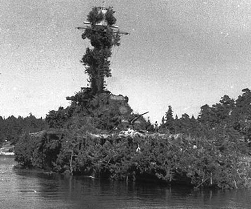 BOAT FACT: Here is the ship that Nick is talking about on today's episode - HNLMS Abraham Crijnssen: they successfully disguised the ship as a tropical island and were able to escape the Imperial Japanese Navy by doing so! #BoatFacts https://t.co/toMRAOLwmJ