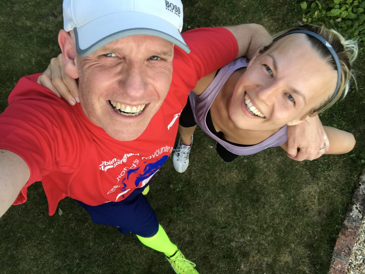 Day 65 of my 100 day challenge was also my birthday :-) A later run after a wonderful day with my lady X Alternate days of 5k🏃‍♂️20k🚴‍♂️raising money for @MK_Foundation_ @NHSuk inspired by @captaintommoore https://t.co/qYetF154n3 #charitytuesday #charity #challenge #RunningMan https://t.co/PGPoqraa6O