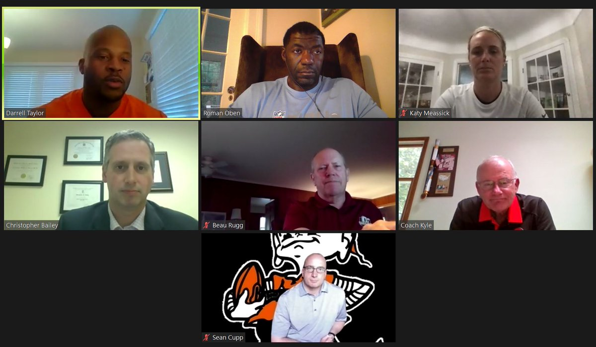Thank you @BrownsYouthFB, panelists, and parents for a great virtual discussion on all things youth football parenting: Nutrition, Hydration, Injury Prevention Tackling & Blocking, CV-19 return to play protocols. 👏👏 https://t.co/E1CKcW5pN3