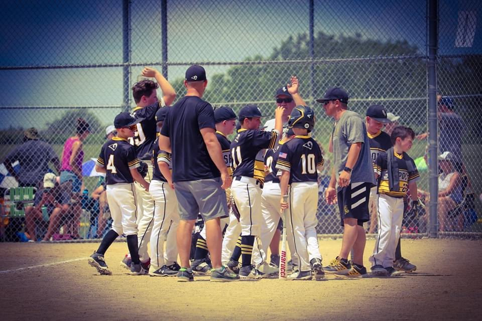 Congrats to the 10U Rams Gold team for their 2nd place finish at the Capital City Classic in the 10U American Division.  The boys battled back on Sunday to earn their 2nd place finish!!! https://t.co/v4iu9pxGLE