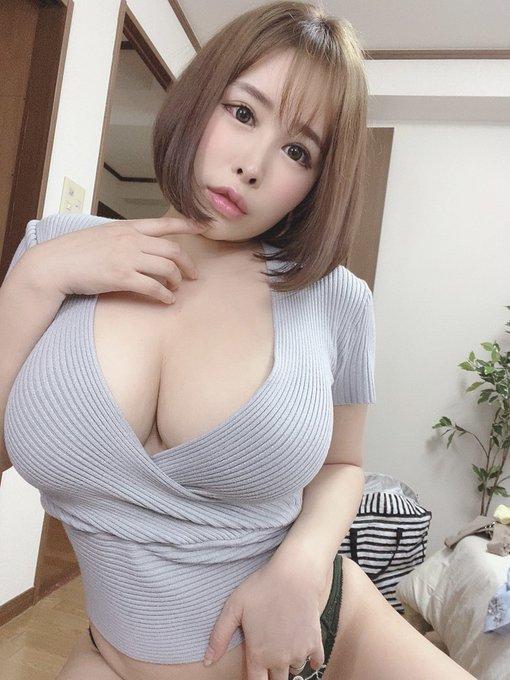 AV女優葉月美音のTwitter自撮りエロ画像3