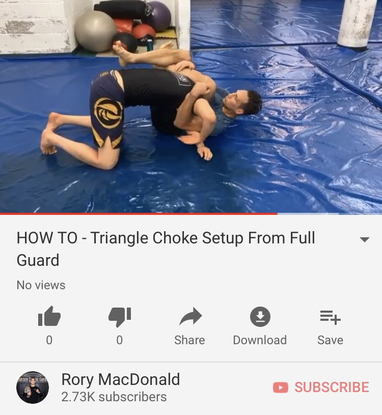 Triangle choke Setup from full guard  https://t.co/26haOBd9zF https://t.co/qGOflChrb1