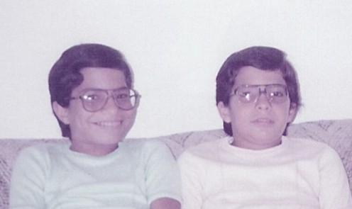 My twin brother and I were deported when we were 12yo. I remember the uncertainty and fear as @HadiP and I wondered if we'd be able to finish 7th grade, terrified of being sent back to Iran. (1/8) https://t.co/HlS7hxosTC
