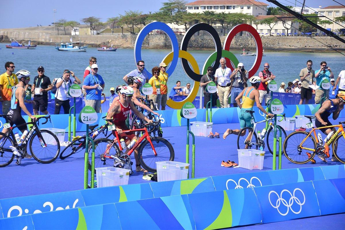 Feliz #DiaOlimpico a todos los atletas argentinos que nos han representado. https://t.co/A9PE1nsjQM