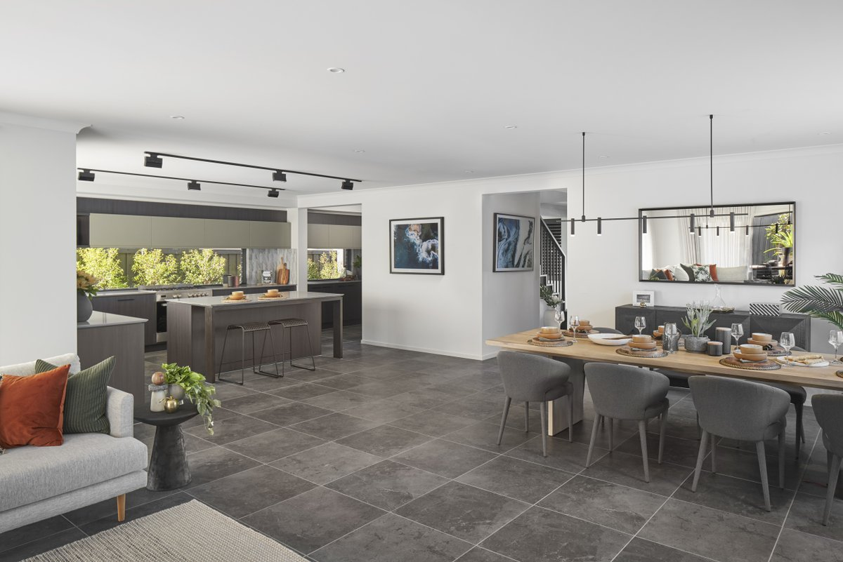 On display at Harpley Estate in Werribee, the double-storey Freedom by Metricon Merricks is a home where you'll love to live. Offering an abundance of storage and a spacious kitchen, it's perfect for families that love to cook and entertain. Head to: tohttps://bit.ly/2X0iN1i https://t.co/ridFA8fAB0