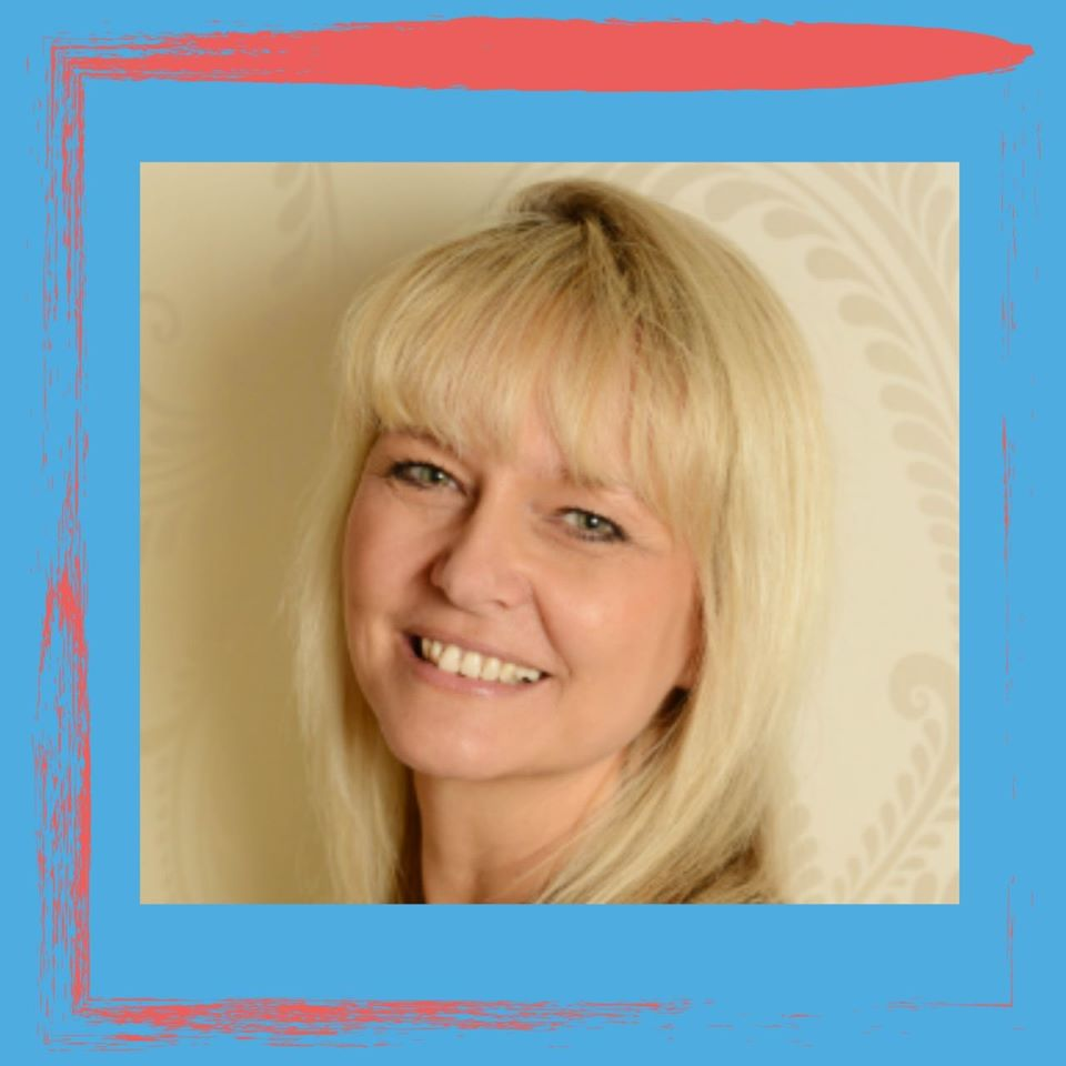 Our last speaker of the day is Rachel Moore!   Rachel will be speaking about scheduling all your content to help save you time later on in her Webinar at 4 pm today   You can still book on right now for FREE - https://t.co/gEEf4Wjusz  #Webinar #Marketing https://t.co/W0XqfOEdMn