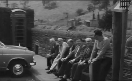 Local Council: More outdoor town seating needed in Fishguard - Sign the petition!