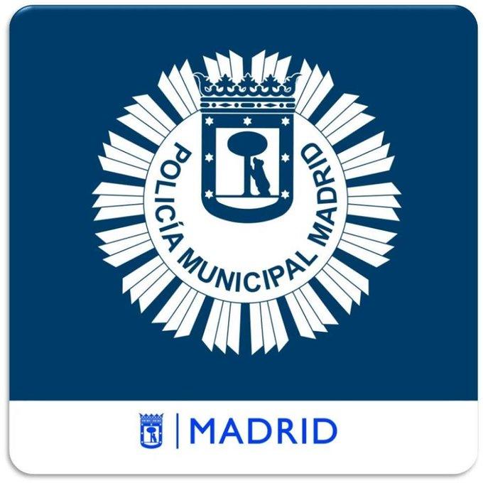 Enviamos un abrazo virtual y una felicitación especial a nuestros compañeros de la Policía Municipal de #Madrid @policiademadrid en el día de su Patrón, San Juan Bautista.   #JuntosServimosMejor #TrabajamosParaProtegerte https://t.co/Q61BS1MfWl
