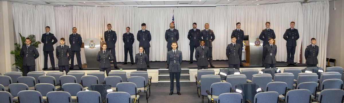 Congratulations to RAF Shawbury's latest graduates from the Defence College of Air and Space Operations. On 18th June, 20 trainees graduated No 20-01 Aerospace Systems Specialist Course and No. 20-01 Surveillance Foundation Course.   https://t.co/f19OMijBIF  @RoyalAirForce https://t.co/TmkPFGX5uc