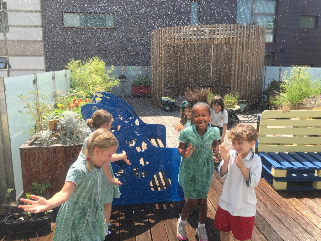 Feeling the heat? This is how we stay cool at Atwood 😎🌿 (and keep the plants watered) #schoolreopeninguk #eyfs