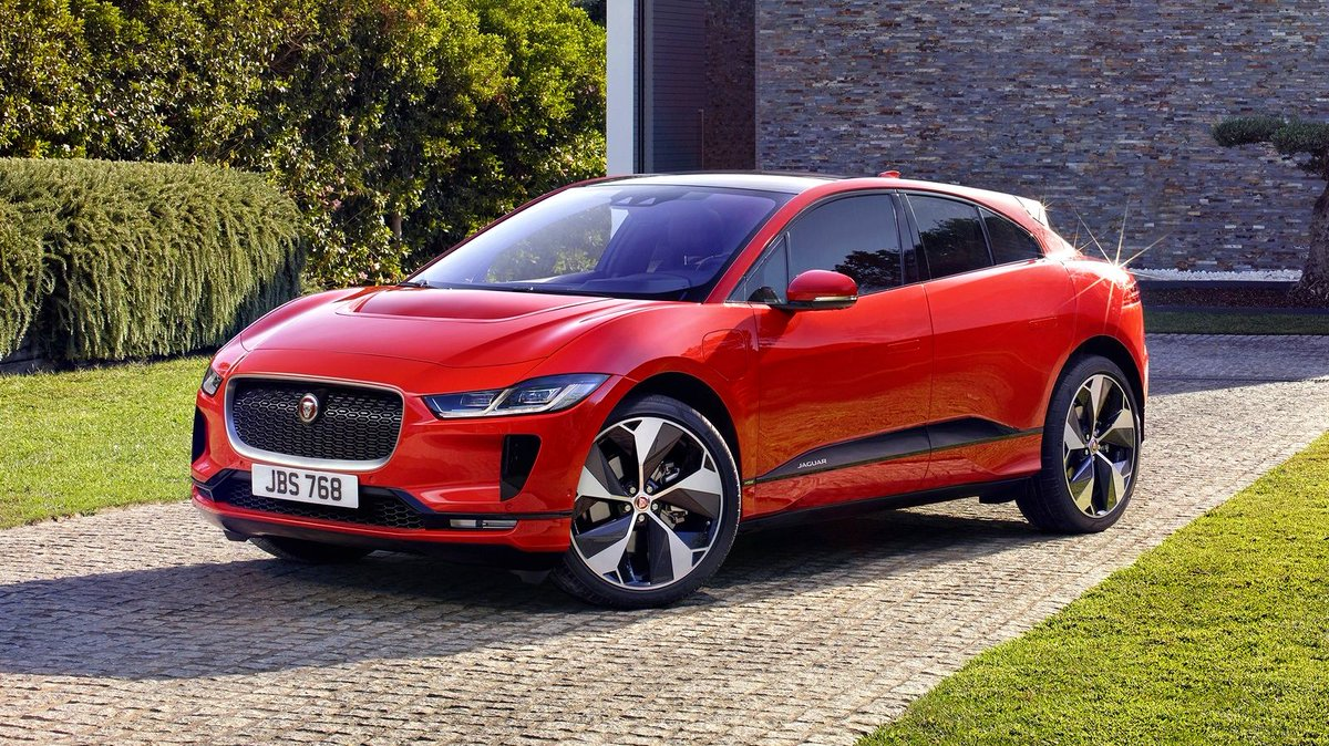 𝗩𝗜𝗥𝗧𝗨𝗔𝗟 𝗧𝗘𝗦𝗧 𝗗𝗥𝗜𝗩𝗘 Next in our series of Virtual Test Drives is the Jaguar I-Pace. More info 👉 bit.ly/2UZEr5T #TestDrive #CarLeasing #Jaguar