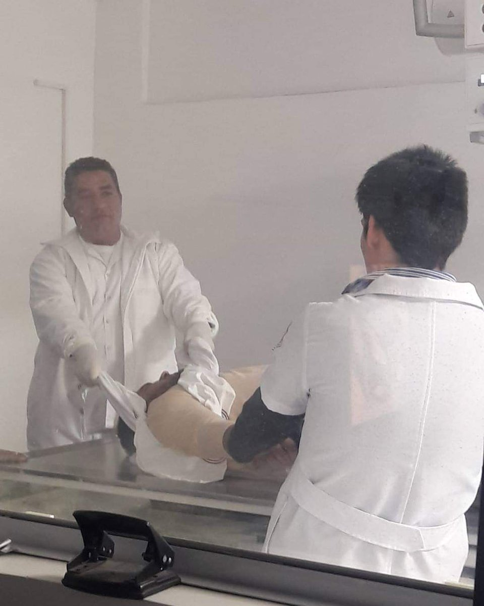 Acá estan mis fotos de cómo terminé el san juan en Urgencias de Traumatología en el ips. Jajajaja https://t.co/CS8yZtkQy3