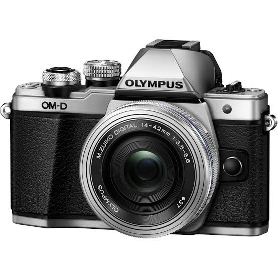 RIP: Olympus has fallen! The legendary Japanese @getolympus camera company to get out of the camera biz. Let's hope they license some of their brilliant PEN and OMD series tech to smartphones. After all, Multi-cam phones are the reason they're forced to shut shop. https://t.co/IObJW89VtB