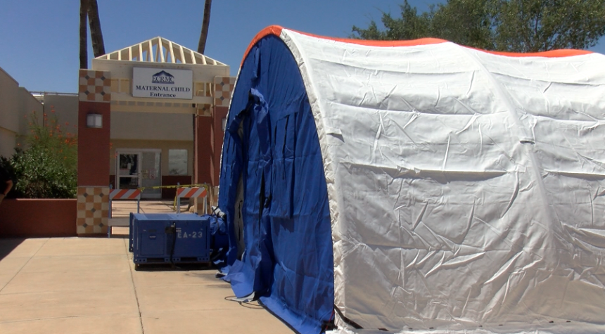 KYMA/CBS 13 reports how the El Centro Regional Medical Center is expanding its ICU capacity to treat #COVID19 (#Coronavirus) patients using #BLUMED medical shelters.   https://t.co/pxVM8AXUxq   #MedicalShelters #NegativePressureIsolation #MobileHospital #MobileFieldHospital https://t.co/qPXwa2RaHr