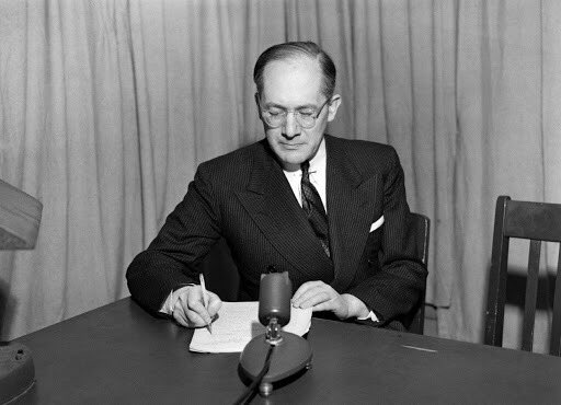 "#RaphaelLemkin dedicated his life to elaborating the legal term of #genocide in order to ""confront the right to kill behind the thick curtain of sovereignty"". Preventing #genocide is imperative. Early warning and early action are essential https://t.co/jwdHGzI5mF"