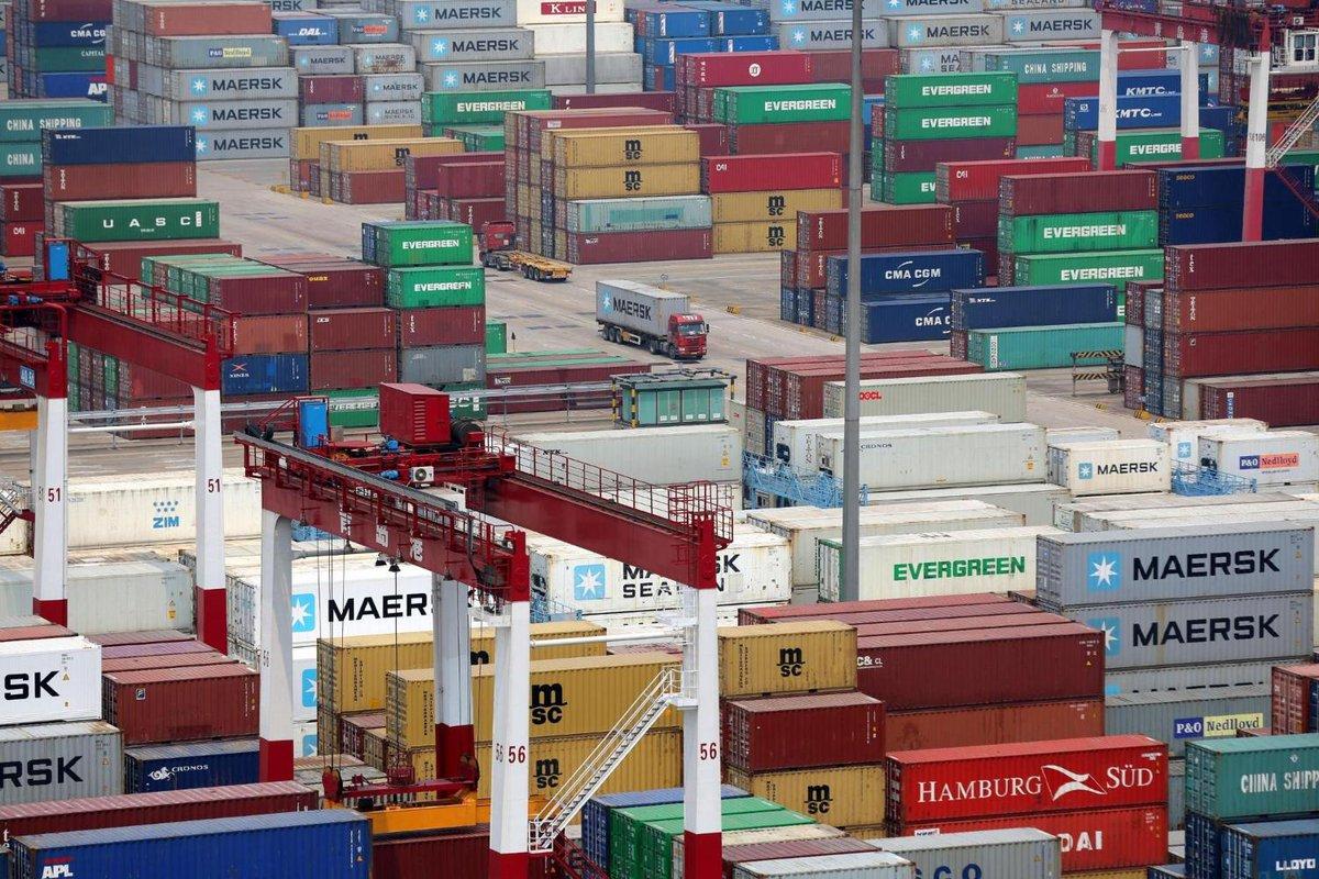 El comercio global caería menos de lo esperado ➡️ https://t.co/8CeFybwuZC  El retroceso en el segundo trimestre sería de 18,5%, por debajo de la estimación de hasta 32% que se lanzó en abril para todo el 2020. https://t.co/cKAzBFMh1v