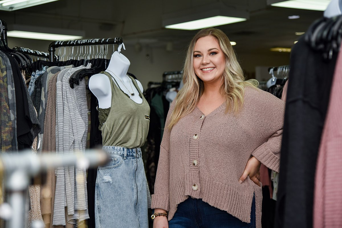 Nebraska Business On Twitter With A Fascination For Fashion And A Goal To Own Her Own Boutique Kate Reyome S Business Minor Supported Her Textiles Merchandising And Fashion Design Major To Put Her