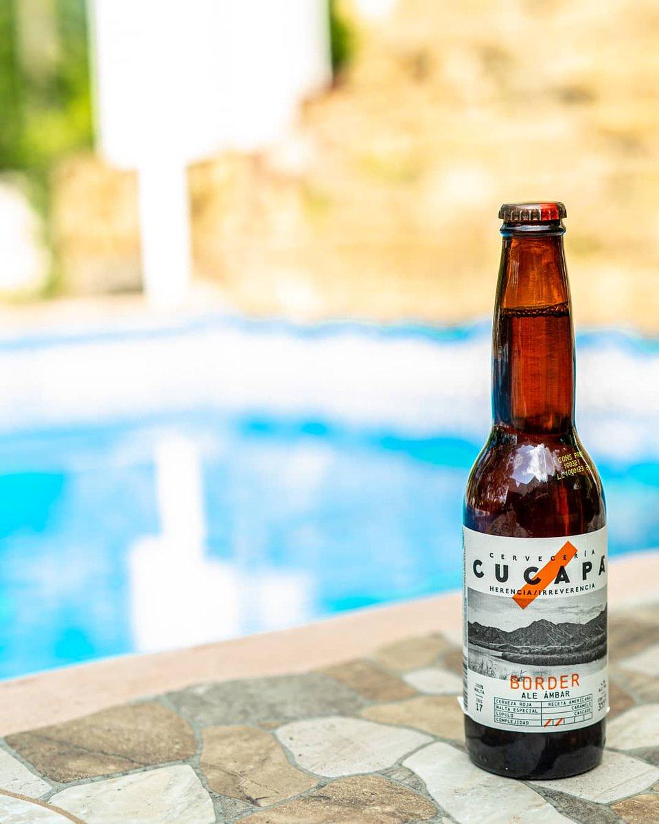 Mitad de semana, ya se antoja una deliciosa y dulce cucapá  🍺 Cucapá Border 🏷 Ale Ambar 🥴 4,5% Alc. Vol. 💧 355 ml 📍 Tijuana, B.C. MEX. 💸 $19 mxn ©LordCerveza . . #beer #red #cerveza #cucapa #Ale #AleAmbar #Ambar #CucapaBorder #tijuana #lordcerveza #mexico https://t.co/RPO4DJdDaN