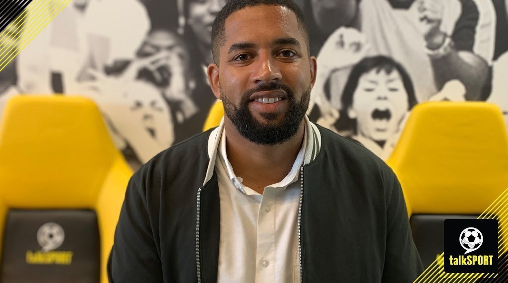 NOW: Kick Off @HughWoozencroft with @MirrorDarren & @Chris_Iwelumo 👏 Coming up: ✅ #LFC could be crowned tonight! ✅ All the live #PL updates ✅ Good times to stay at #MUFC? 📱 Tweet → @talkSPORTKO 📻 Tune in → talkSPORT.com/Live