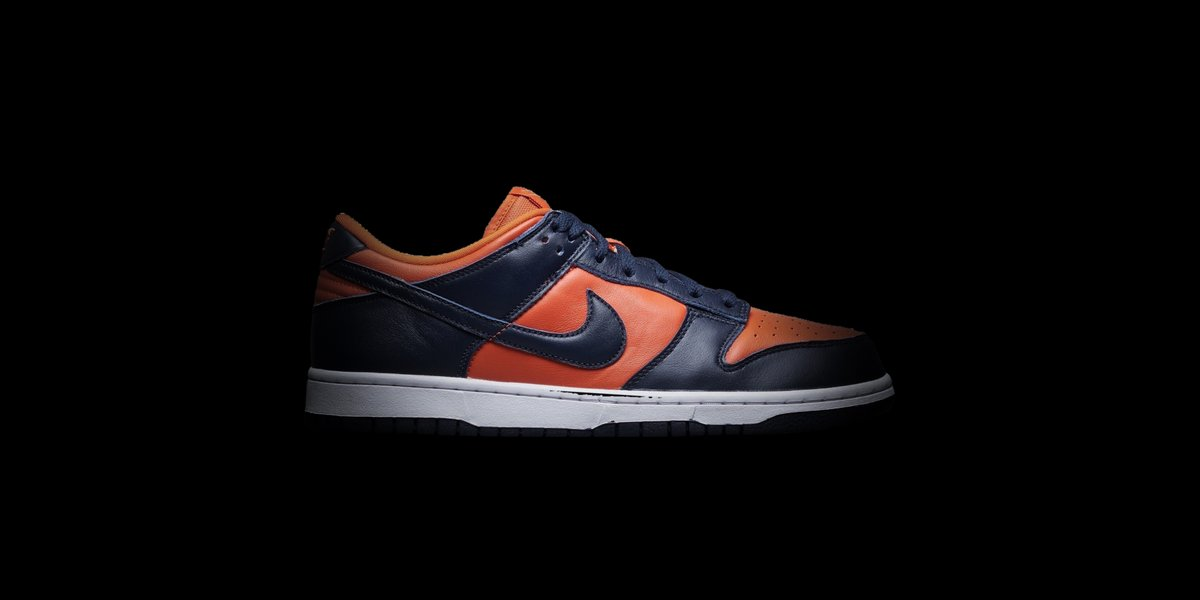 Celebrating the 35th anniversary of the Nike Dunk, this 'Champ Colors' iteration features University Orange and Marine leather uppers in a nod to the 2019 NCAA Men's Basketball champions the Virginia Cavaliers. Available on the app: https://t.co/l3bAw8cJye https://t.co/onej2uDwyo