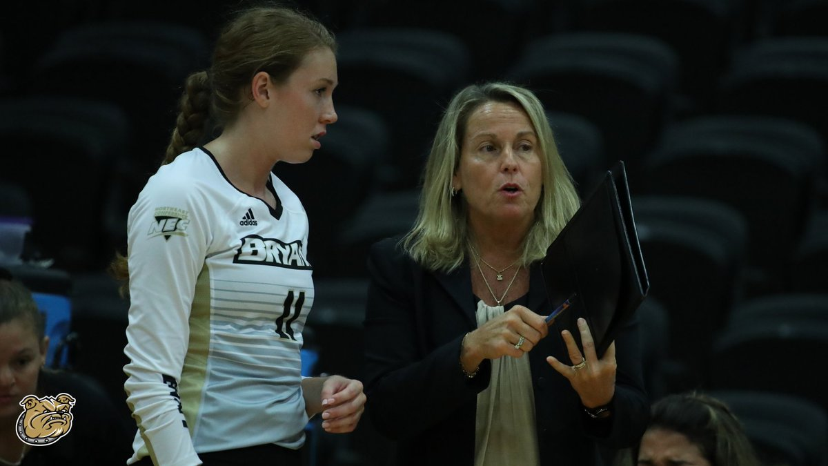 📝 Last summer, Bryant Volleyball alumnae wrote letters about their time playing for Theresa Garlacy.  As Coach Garlacy enters her 25th season, read what her former student-athletes had to say about their Bryant experience.  ➡️ https://t.co/9PmKjKO6EW  #GoBryant | #NECVB https://t.co/qELaK7FygO