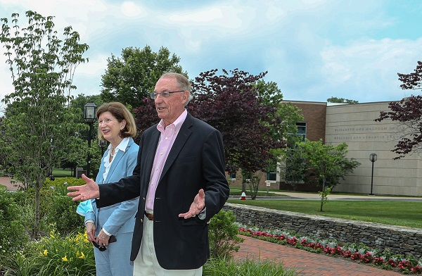 Earlier today, the garden near the Academic Innovation Center and brick walkway was dedicated to President Ronald K. Machtley (@BryantUPrez) & Women's Summit Director Kati Machtley (@wsdirector) in recognition of their 24 years of service to Bryant University. #ThankYouMachtleys https://t.co/tjarAWmCDC