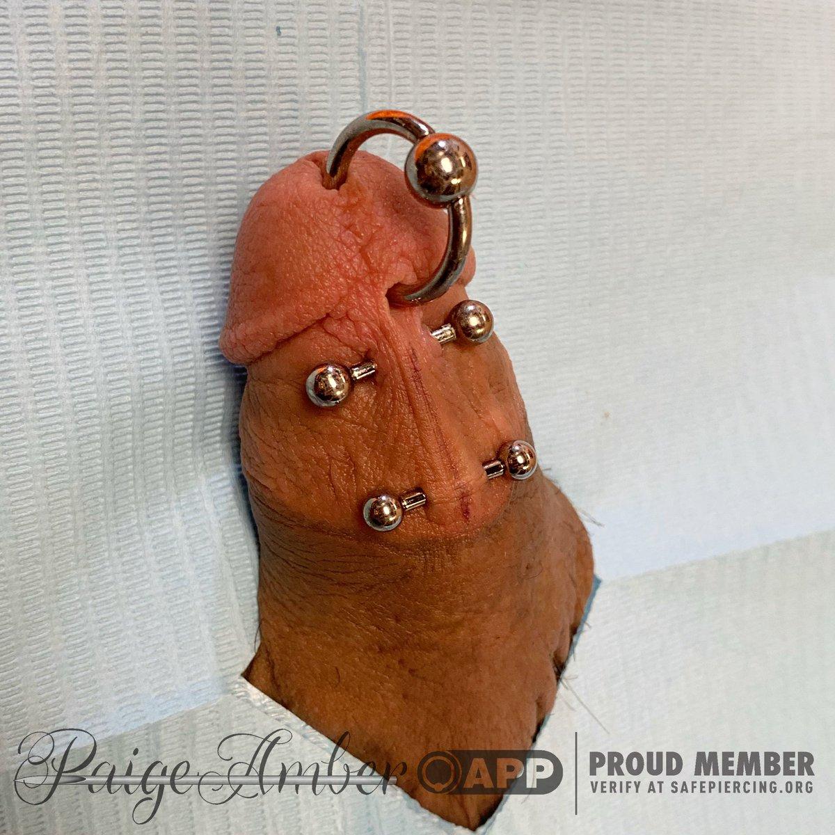 Piercing lorum Penis Piercing: